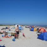 Strand in Schillig mit Dünen im Hintergrund