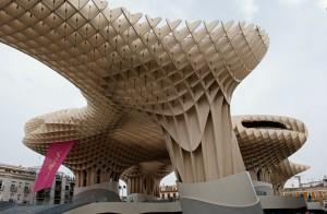Metropol Parasol - der größte Sonnenschirm der Welt: Umgestaltung der Plaza de la Encarnación in Sevilla